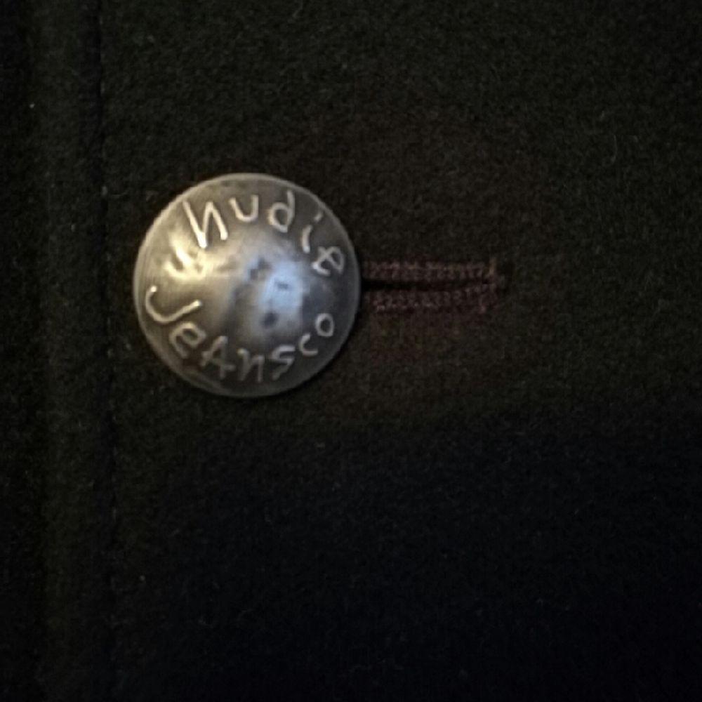 Stilig ullrock från Nudie Jeans. smal herrmodell i storlek lagre, så den är som en m/l  . Jackor.