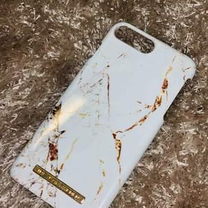 Passar- Iphone 6plus & iphone 7plus   Lite använd men helt och har inga större/synliga repor! 😃😃
