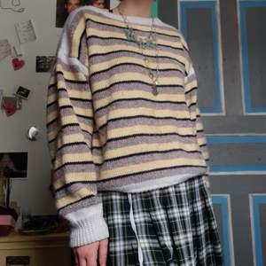 Begagnad hemmagjord tröja, ass mysig och jätte fin