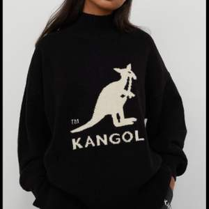 Kollar intresset på min kangol x Hm tröja! Sparsamt använd, köpt när de släppte den🖤