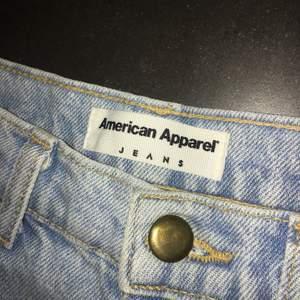 High waist jeans från American Apparel 💟