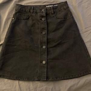 Jeans kjol från Nelly strl S